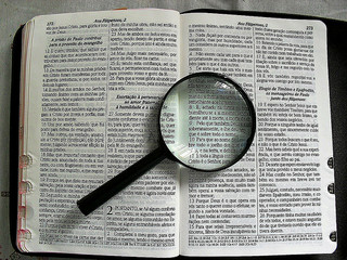 Magnifying Gglass on Scriptures